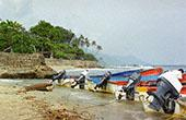 Boats on a beach 1: 800x600 PC background wallpaper | Other Files | Wallpaper