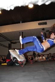 hardcore match: saraya knight vs blue nikita
