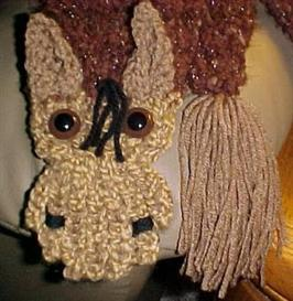 Brownie the Horse Scarf Pattern | eBooks | Arts and Crafts