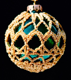 crochet christmas ornament cover b2-9