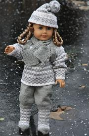 dollknittingpattern 0014d truls-trine - sweater, pants, hat, socks, gloves and rucksack-(english)