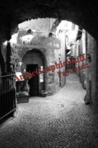 italian mountain alley