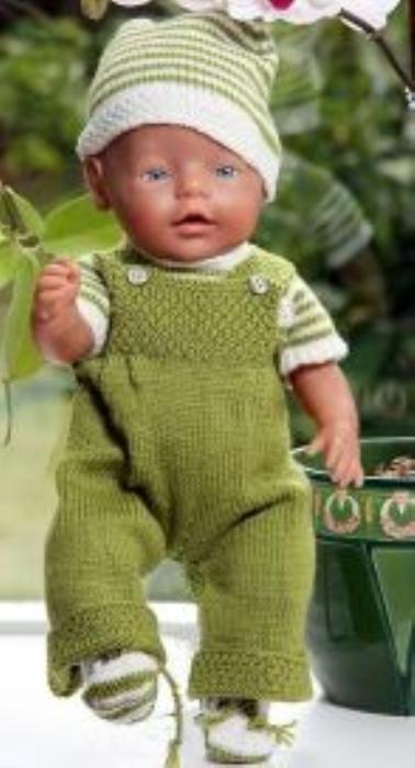 First Additional product image for - DollKnittingPatterns 0009D JOANNE and JOHN - Latzhose, Pulli mit Halbärmeln, Jacke mit Kapuze, Mütze und Socken-(Deutsch)