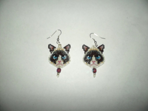 First Additional product image for - Delica Seed Beads Peyote Grumpy Cat Earring Pattern-427