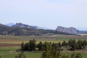 Farm View and Smith Rocks | Photos and Images | Nature