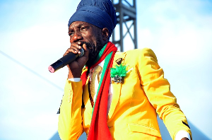 sizzla live in concert - dancehall reggae stage show [explicit lyrics]