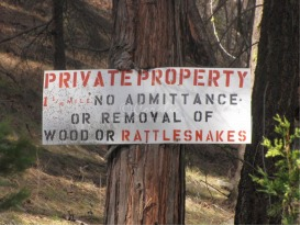 Oregon Rattlesnake Sign | Photos and Images | Miscellaneous