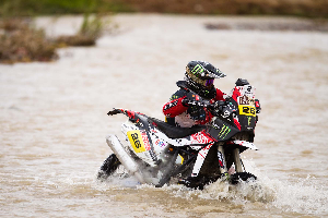 picture collection from rally dakar - motorcycles