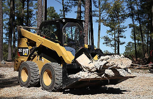 CAT Skid Steer on the Job | Photos and Images | Technology