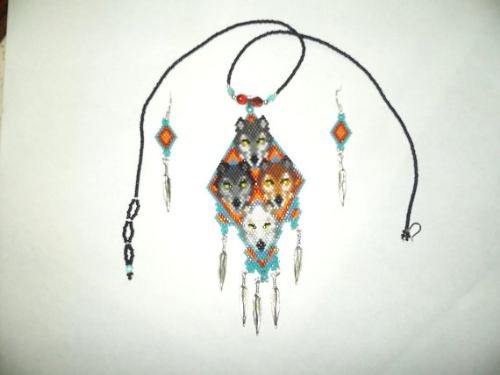 First Additional product image for - Brick Stitch 4 Wolf Brother Delica Seed Beading Pendant Pattern-320g