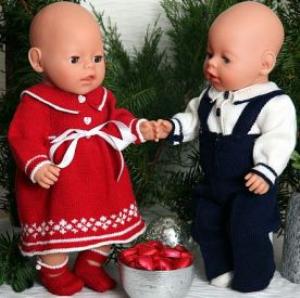 DollKnittingPatterns 0008D SELINE & SNORRE - SELINE: Kjole, bukse og julesko - SNORRE: Julebukse, bluse, Strømper og sløyfe-(Norsk) | Crafting | Knitting | Other