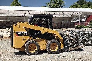 cat skid steer loader 272d2 xhp