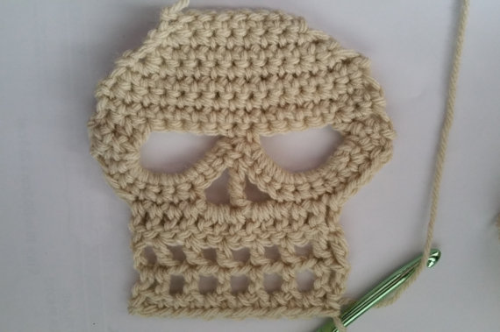 First Additional product image for - Crochet Skull Scarf, Skull Pattern, Crochet Skull, Skull Scarf