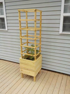 Deck Tomato Planter | eBooks | Home and Garden