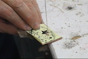 jeweler's saw. how to use correctly taught by don norris, silversmithing for jewelry making.