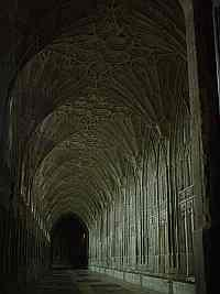 podtour of gloucester cathedral