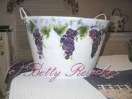 The Easy Way to Paint Luscious Grapes | Other Files | Arts and Crafts