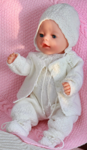dollknittingpattern 0032d isabell and isak - blanket-jacket-romper-bonnet-cap and socks
