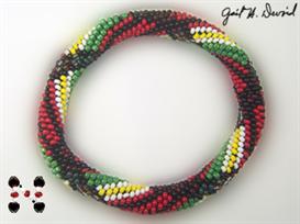 McFarland Plaid Bead Crochet Bracelet Pattern | eBooks | Arts and Crafts