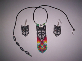 Vertical Brick Stitch Wolf Delica Beading Pendant Pattern | Other Files | Arts and Crafts