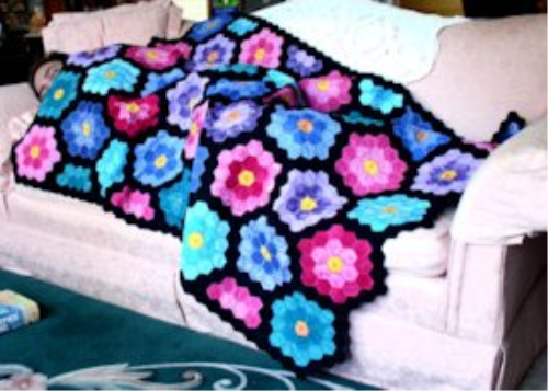 First Additional product image for - Grandmother's Flower Garden by Laura, HUS