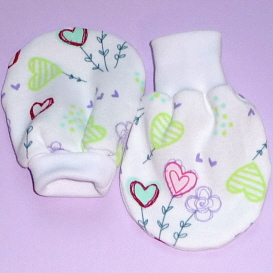 Newborn Scratch Mitts (Free pattern)