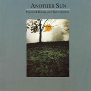 Mort De L'Empereur by Danna & Clement Another Sun.mp3 | Music | Ambient